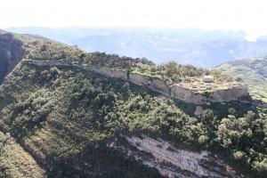 Impresionante vista de Kuélap. Se puede apreciar parte del área de El Tintero, una de las zonas recuperadas o restauradas.
