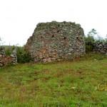 Una de las casas redondas (característica de la Cultura Chachapoya) con las paredes mejor conservadas que he podido observar