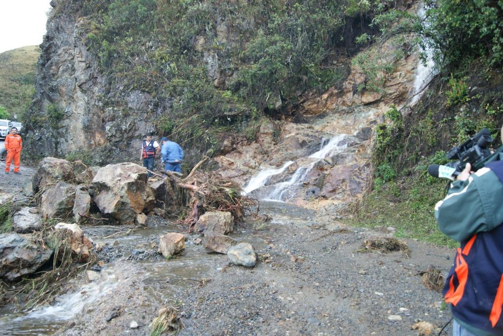 Estado de la carretera a consecuencia de las lluvias intensas